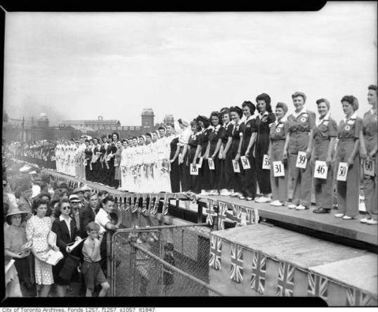 miss war worker1942-1 toronto archives
