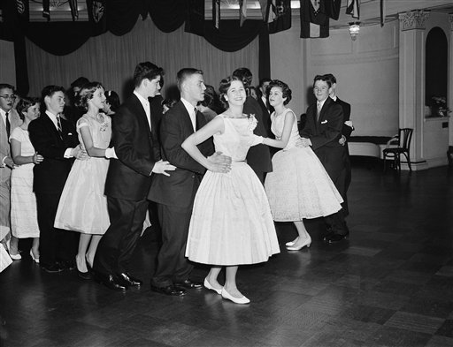 history of social dance in the 50s This is the main list of dances it is a non-categorized, index list of specific dances it is a non-categorized, index list of specific dances it may also include dances which could either be considered specific dances or a family of related dances.
