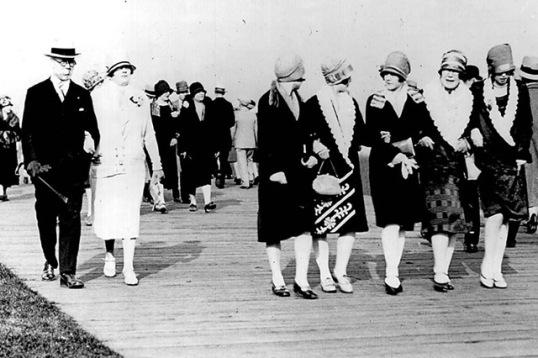 easter parade 1920 sunnyside