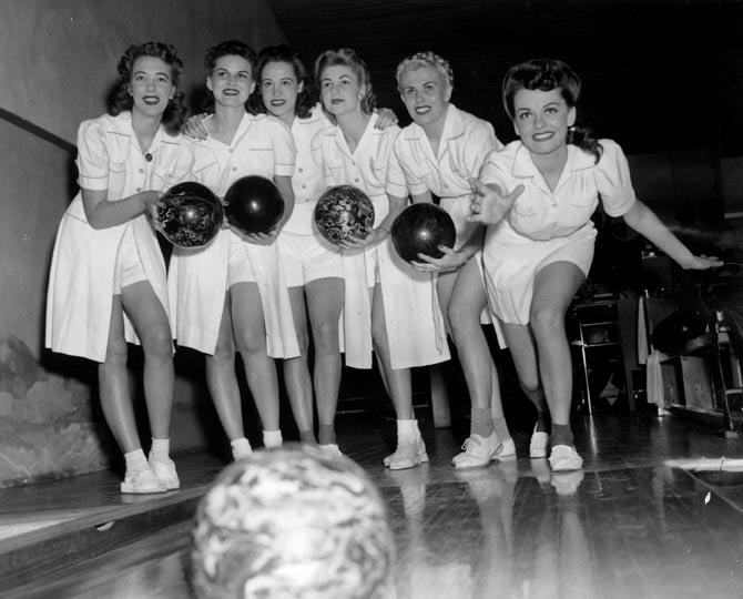 1940 S Amp 50 S Bowling Fun The Vintage Inn