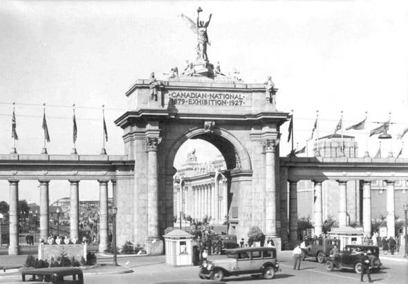 CNE-princes-gates-1920s