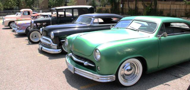 Bop n bowl vintage car show