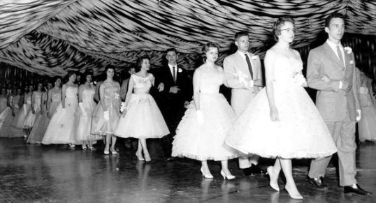 Highschool 1950's Prom