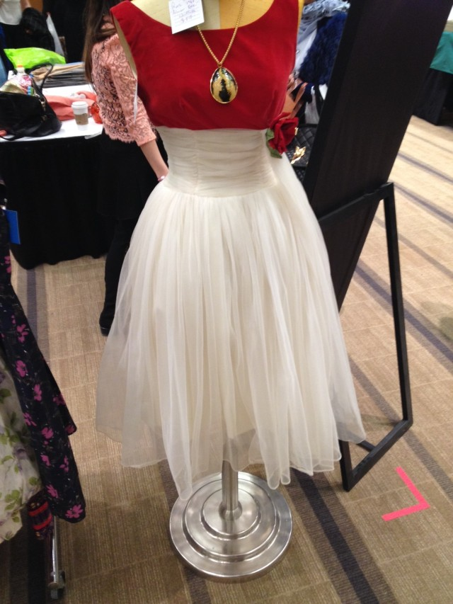 1950s vintage prom dress