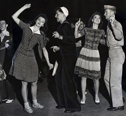 1942 jitterbug dancers