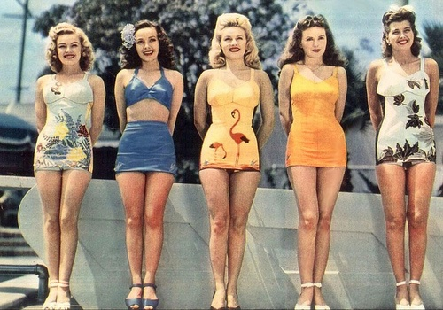 1940s vintage bathingsuit