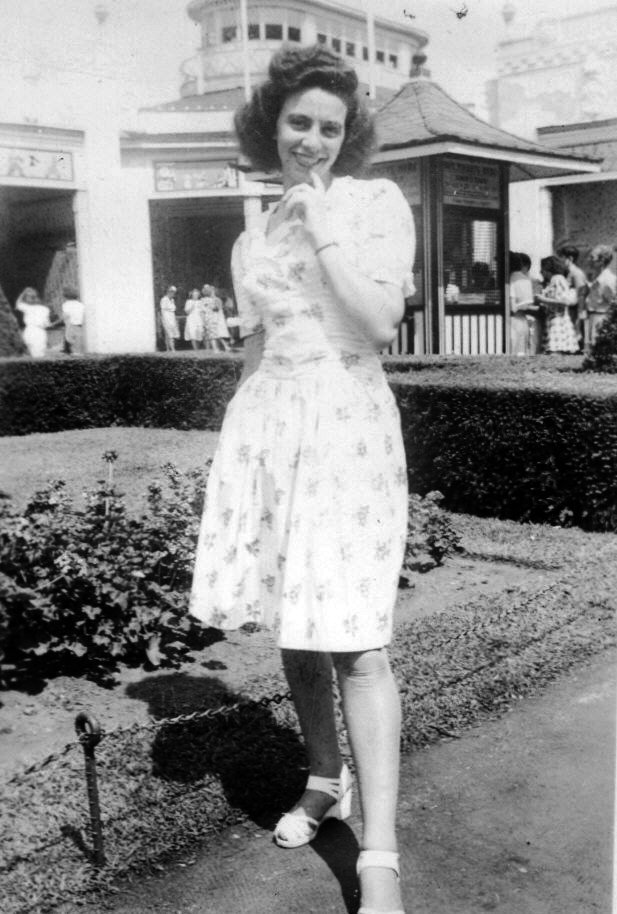 1940's womans dress
