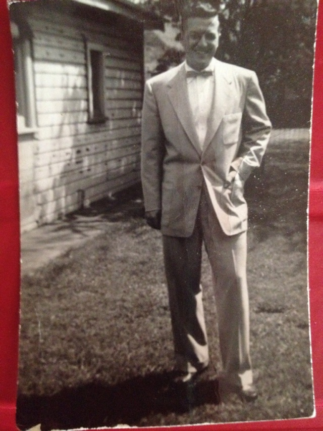 1940s man in suit