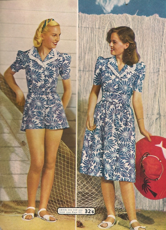 1940s Fashion What Did Women Wear In The 1940s: 1940s Floral Dresses-Understated Elegance