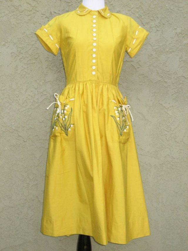 1940s summer vintage day dress