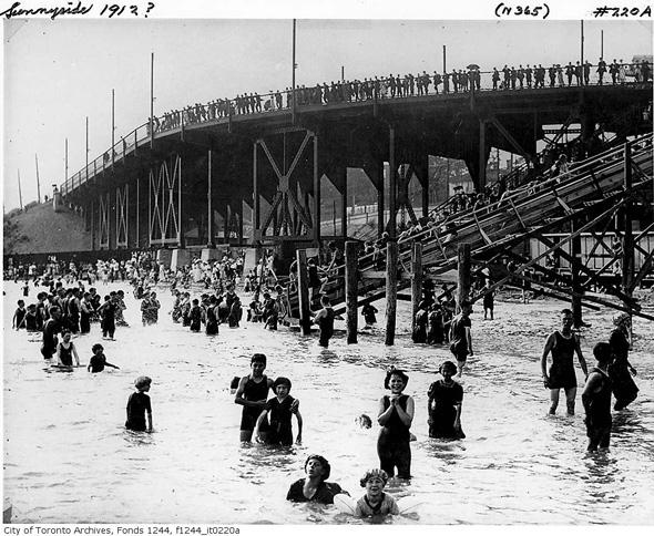 1912 Sunnyside Beach