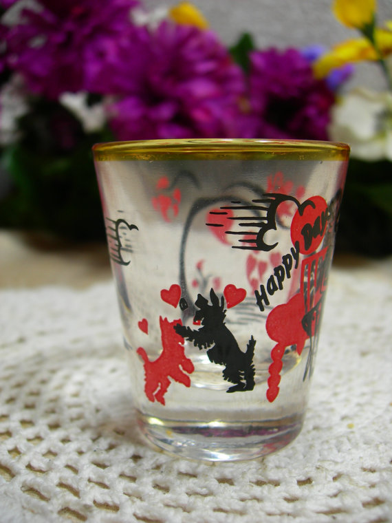 1950s vintage shot glass with scottie dogs