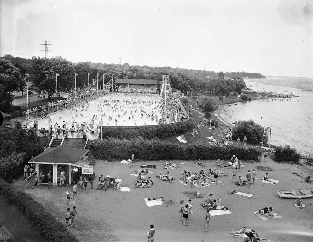 Sunnyside Pool and Beach 1940s