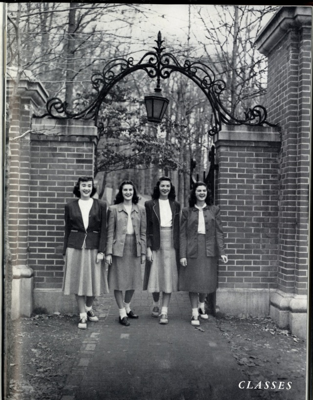 1940s women in college