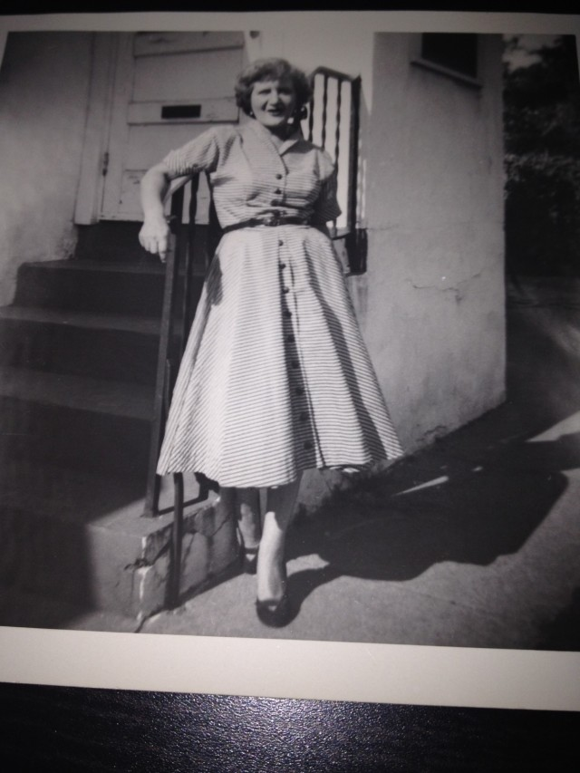 1950s Housewife Image