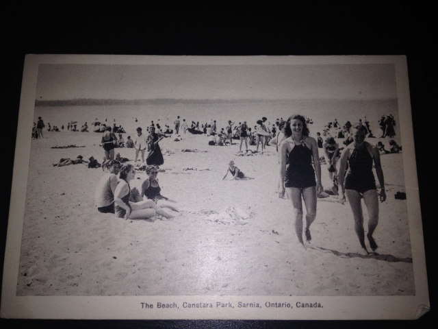 1930's swimmers on the beach