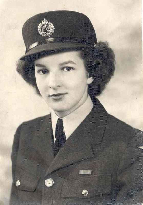WW2 Uniform for Women