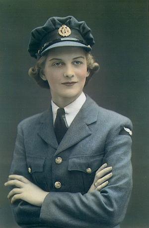 Dorothy Chapman-WAAF pie crust hat